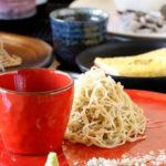道産そば粉の蕎麦を、ワインとともに。「蕎麦とわいん 関」